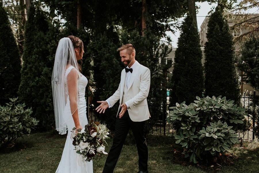 Wedding at Steam Whistle Brewery, Toronto, Ontario, Brandon Scott Photography, 17