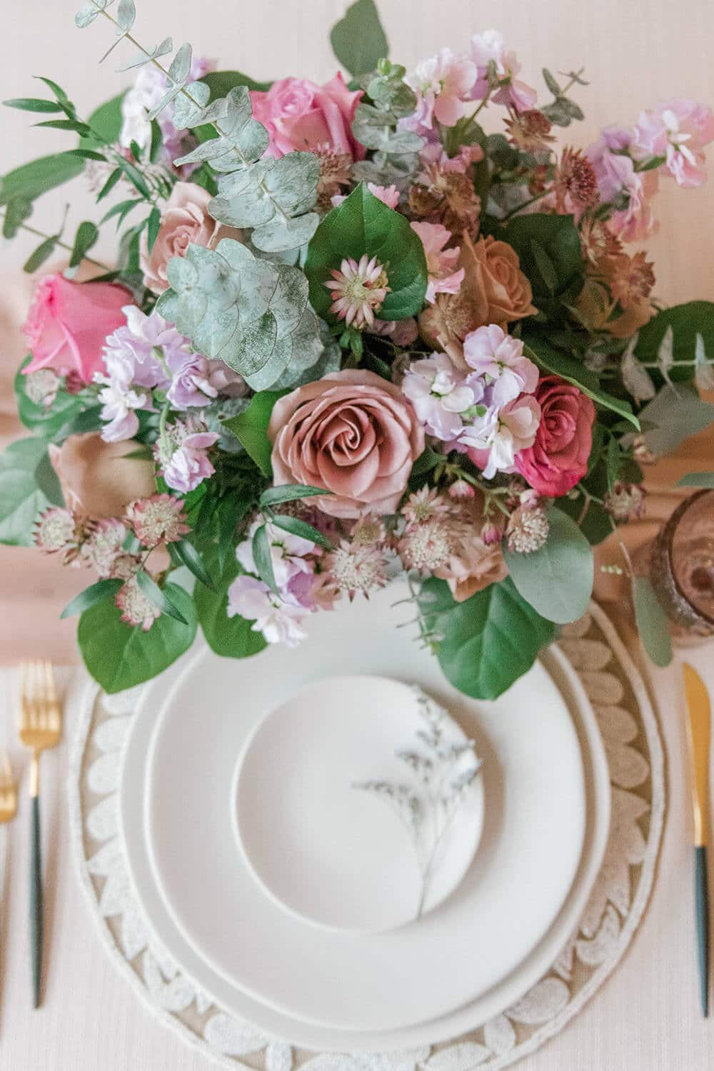 dreamy mauve inspired styled shoot, 41