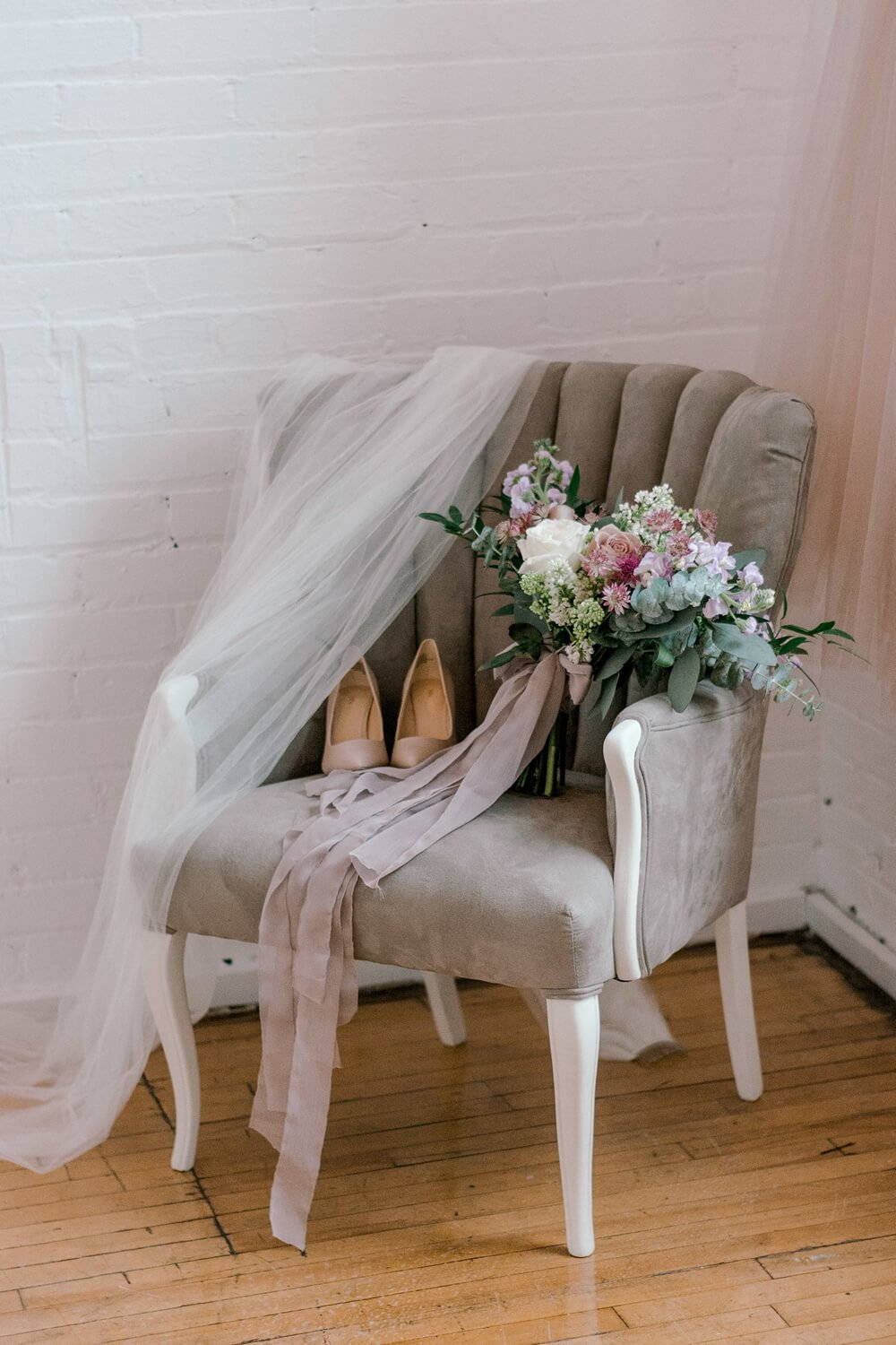 dreamy mauve inspired styled shoot, 3