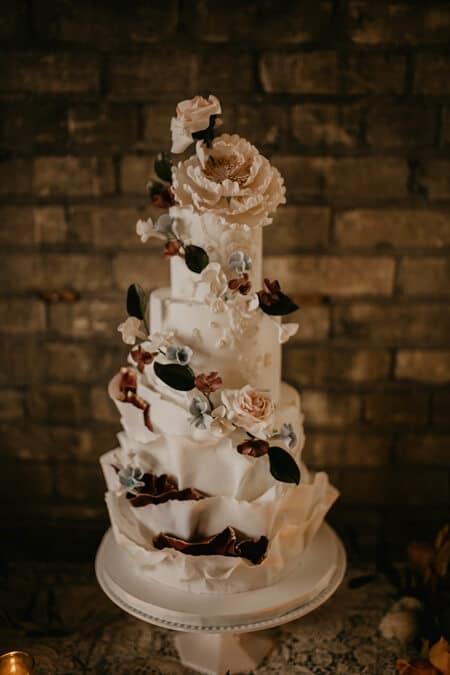 Carousel image of Jenla Cake, 2