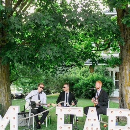 StereoFlavour Entertainment featured in The 2018 Open House at Cambium Farms