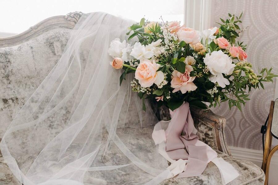 Wedding at Graydon Hall Manor, Toronto, Ontario, Christine Lim Photography, 3