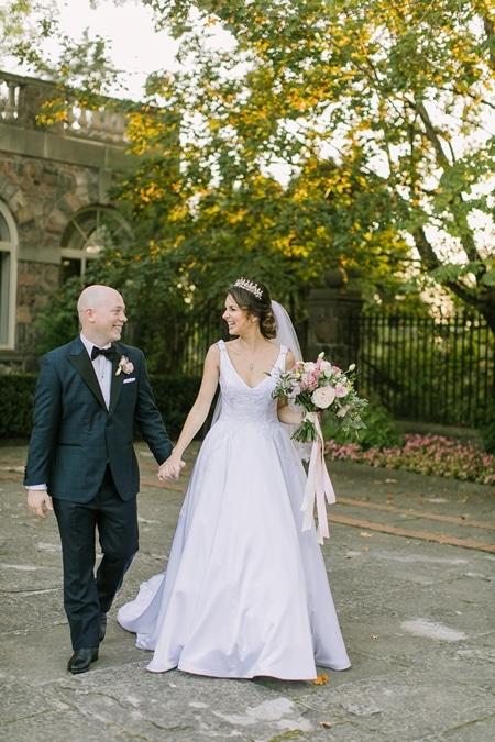 Wedding at Graydon Hall Manor, Toronto, Ontario, Elizabeth In Love, 21