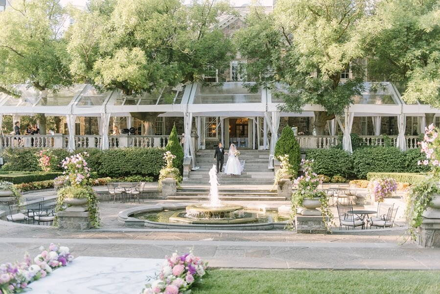 Wedding at Graydon Hall Manor, Toronto, Ontario, Elizabeth In Love, 30