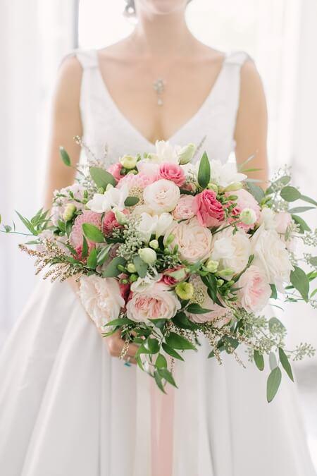 Wedding at Graydon Hall Manor, Toronto, Ontario, Elizabeth In Love, 7