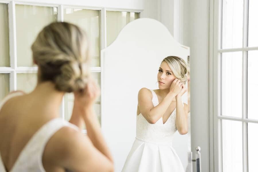 Wedding at Royal Canadian Yacht Club, Toronto, Ontario, Alix Gould Photography, 5