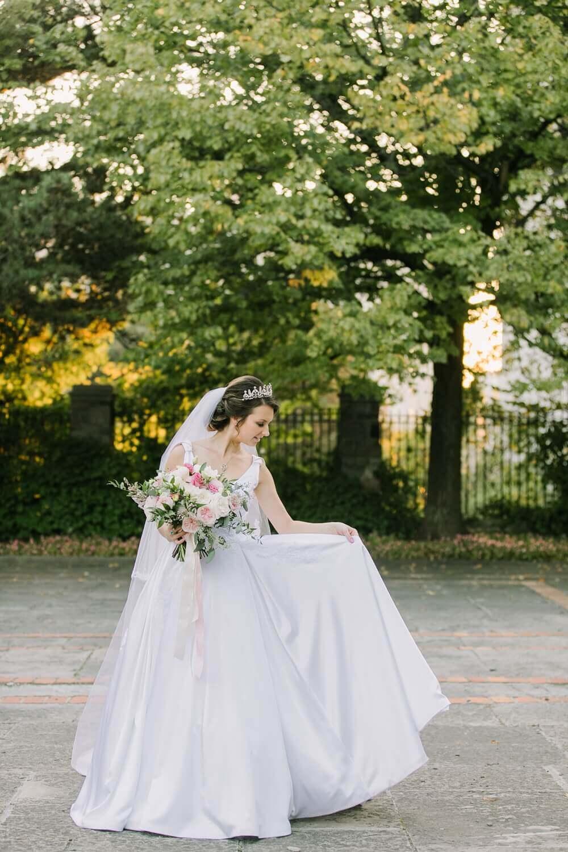 Wedding at Graydon Hall Manor, Toronto, Ontario, Elizabeth In Love, 5