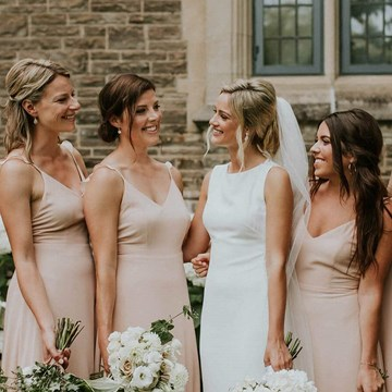 Marnie and Jake's Gorgeous Art Gallery Wedding