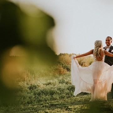 Jemma and Red's Romantic Earth To Table Farm Wedding