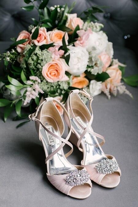 Wedding at LaSalle Banquet Centre, Burlington, Ontario, Lindsie Grey, 2