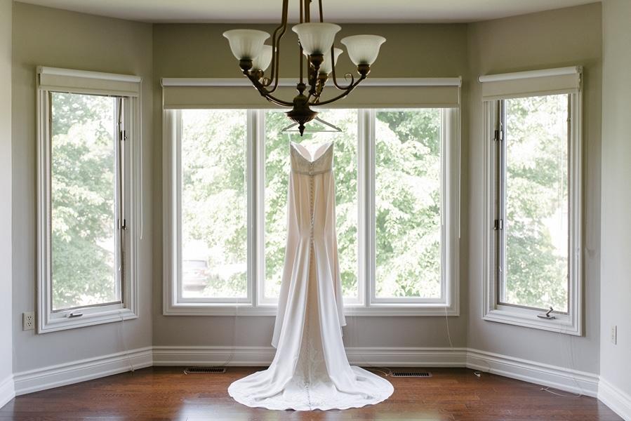 Wedding at Chateau Le Parc, Vaughan, Ontario, Mango Studios, 1