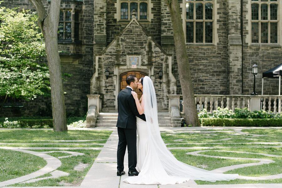 Wedding at Chateau Le Parc, Vaughan, Ontario, Mango Studios, 15