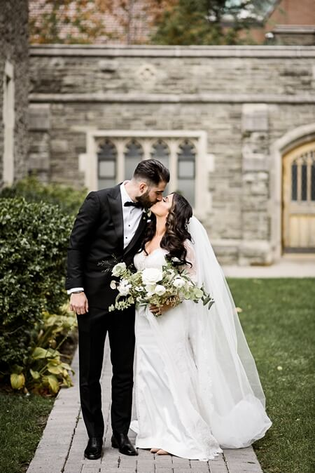Wedding at Chateau Le Parc, Vaughan, Ontario, Alix Gould Photography, 23
