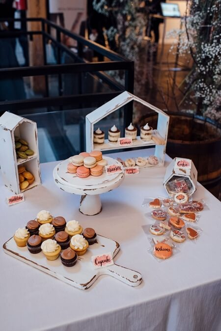 a 2019 wedding open house at twist gallery, 20