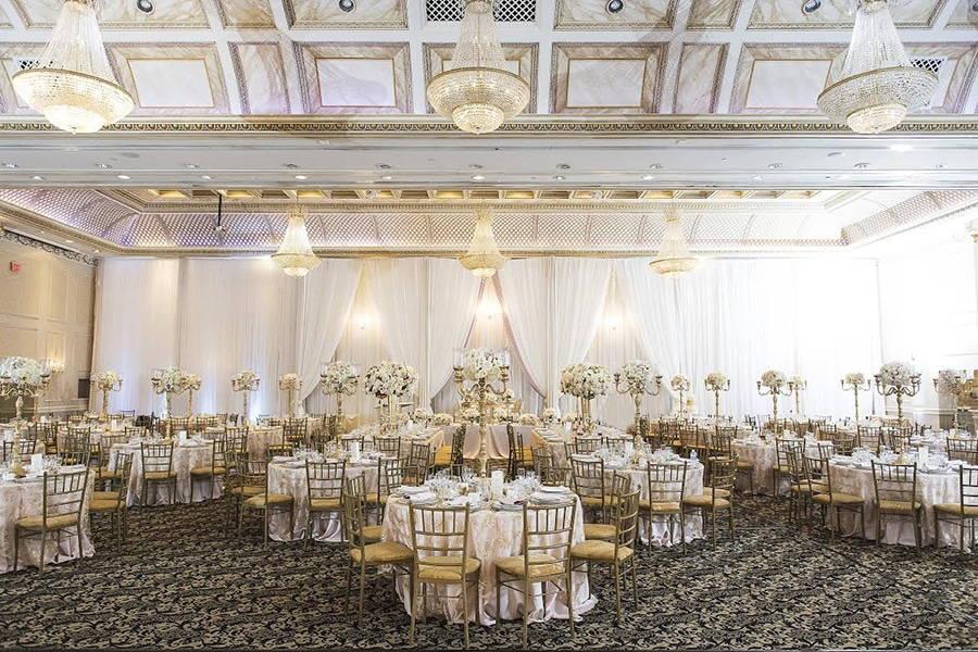 Banquet Hall - Chateau Le Jardin
