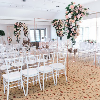 Secrets Floral Collection featured in 2019's Annual Wedding Open House at Estates of Sunnybrook