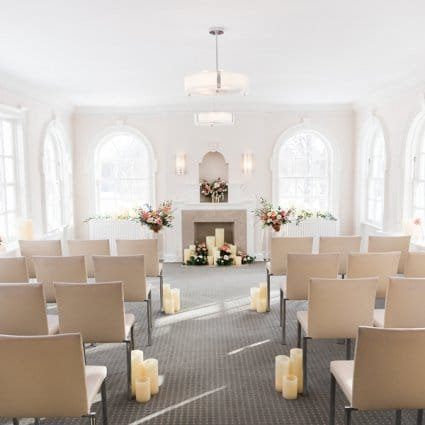 Rosehill Blooms featured in 2019's Annual Wedding Open House at Estates of Sunnybrook