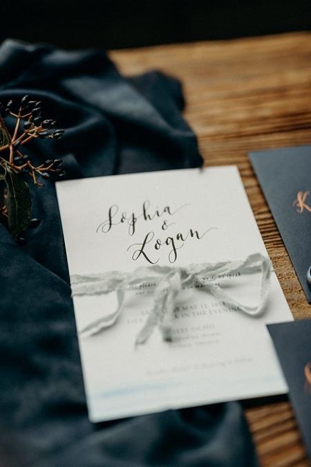 styled shoot celestial love in the city, 1