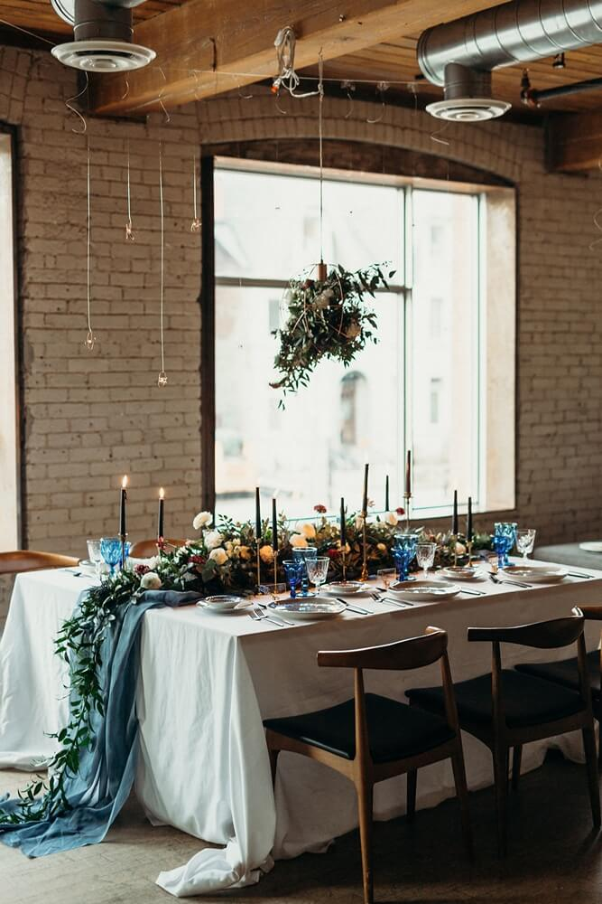 styled shoot celestial love in the city, 23