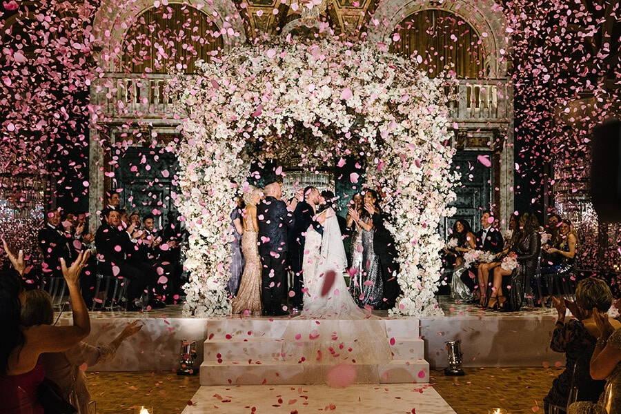 toronto wedding photographers share their favourite best kiss photos, 24