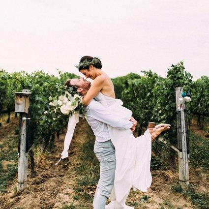 Ravine Vineyard featured in Kelly and Sean's Romantic Wedding at Ravine Vineyards