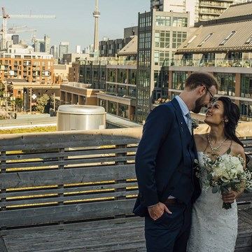Vanessa and Jeff's Intimate Wedding at the Gladstone Hotel