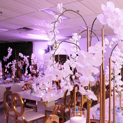 R5 Event Design featured in 10 Wedding Floral Trends for 2019 You Need to See