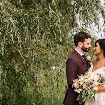 Rachel & Mike's Lush Garden Wedding at the Arlington Estate