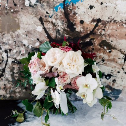 Stemz featured in Linda and Amir's Stunning Lilac Farm Wedding