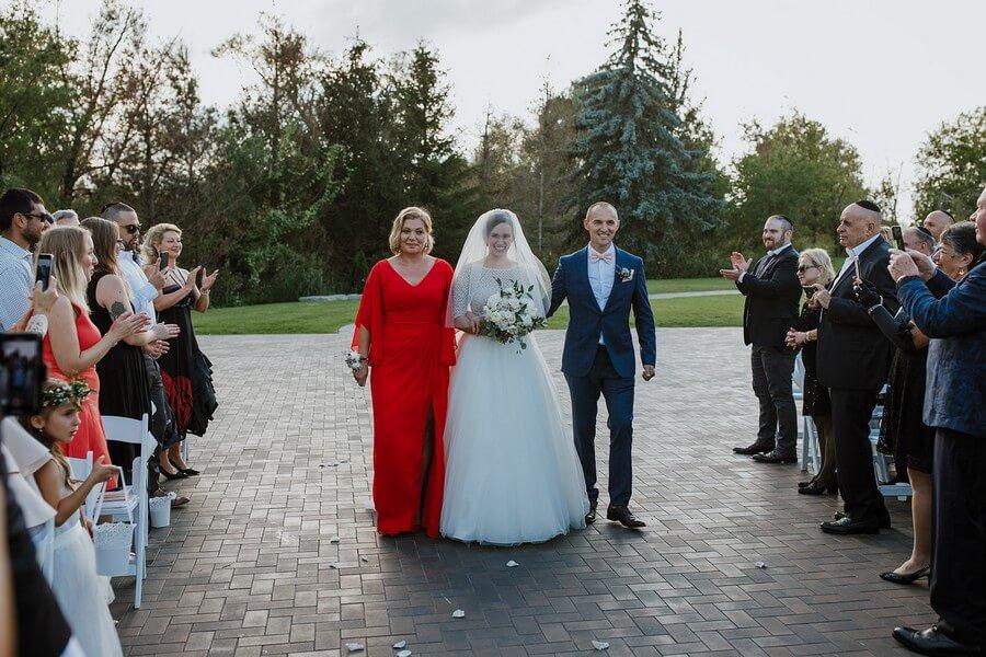 Wedding at The Arlington Estate, Vaughan, Ontario, Niv Shimshon Photography, 24
