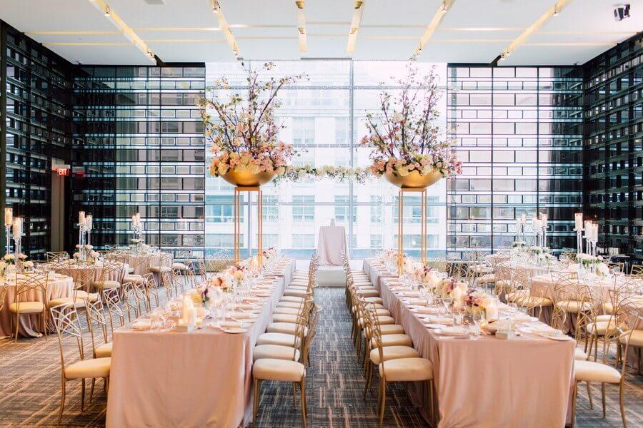 Carousel image of Four Seasons Hotel Toronto, 11
