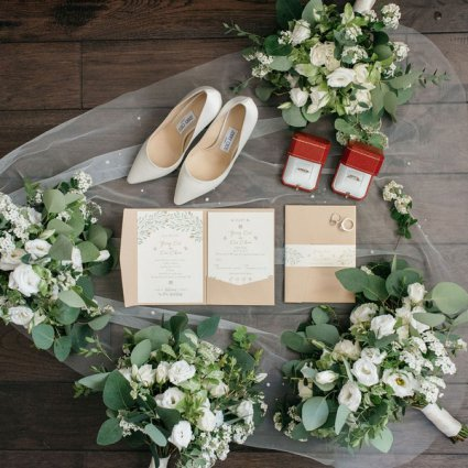 dolceartist featured in Ruby and Yang's Classically Elegant Wedding at the Guild Inn