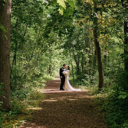 Ruby and Yang's Classically Elegant Wedding at the Guild Inn