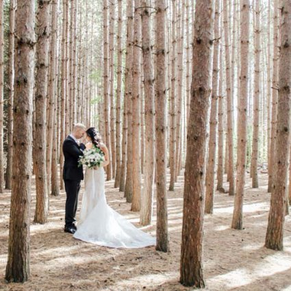 bb Blanc Audiovisual featured in Kristi and Richard's Classic Green and White Wedding at the A…