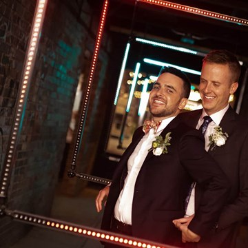 Love by Lynzie Presents: The Largest Pop Up Wedding Chapel To Date