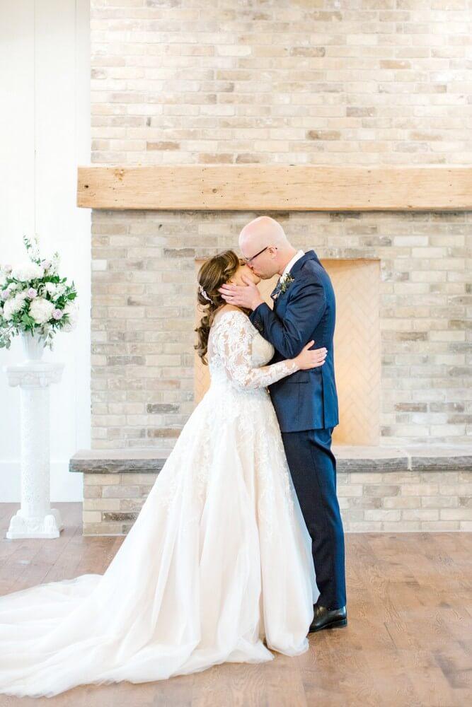Wedding at Elora Mill Hotel & Spa, Halton Hills, Ontario, Kayla Yestal, 22