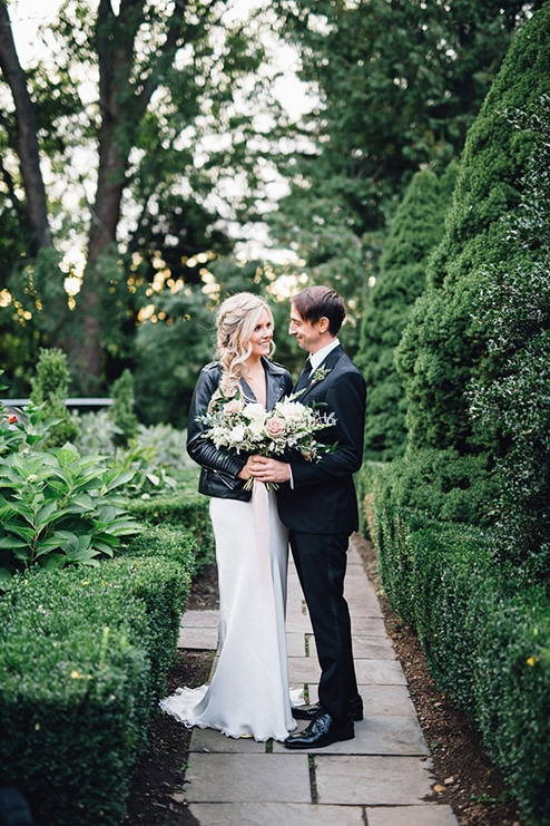 Wedding at Kurtz Orchards, Toronto, Ontario, Simply Lace Photography, 18