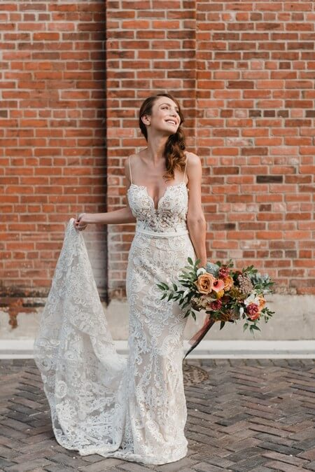 a rustic chic style shoot turned intimate elopement at balzacs powerhouse, 2