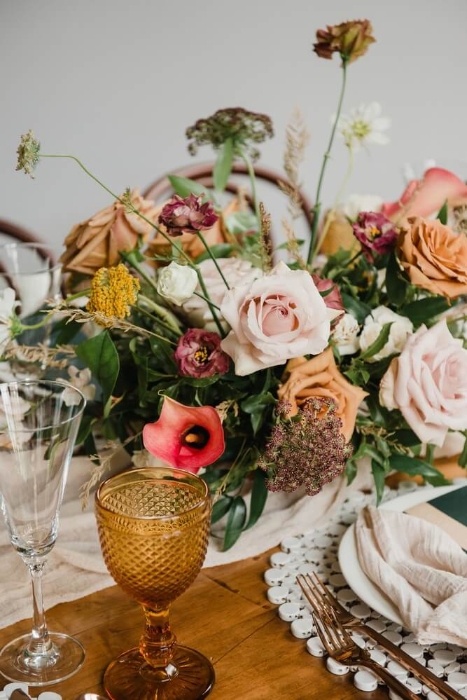 a rustic chic style shoot turned intimate elopement at balzacs powerhouse, 16