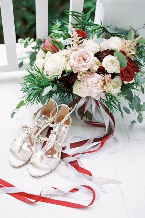 Wedding at Kurtz Orchards, Toronto, Ontario, Caileigh Langford, 2