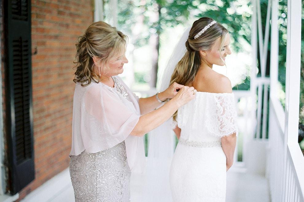 Wedding at Kurtz Orchards, Toronto, Ontario, Caileigh Langford, 4