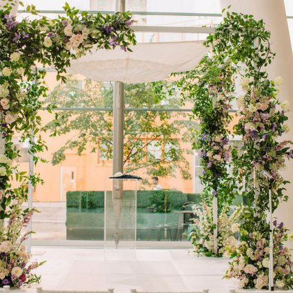 Stemz featured in Jana and Jeremy's Modern-Chic Wedding at Ricarda's