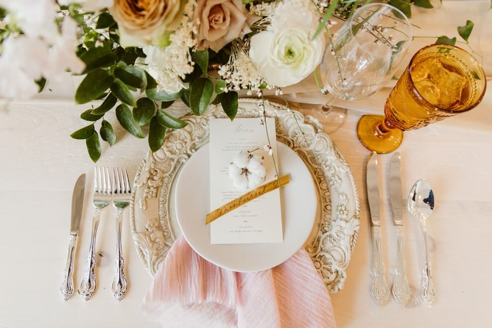 15 toronto wedding planners share their favourite weddings from last season, 24