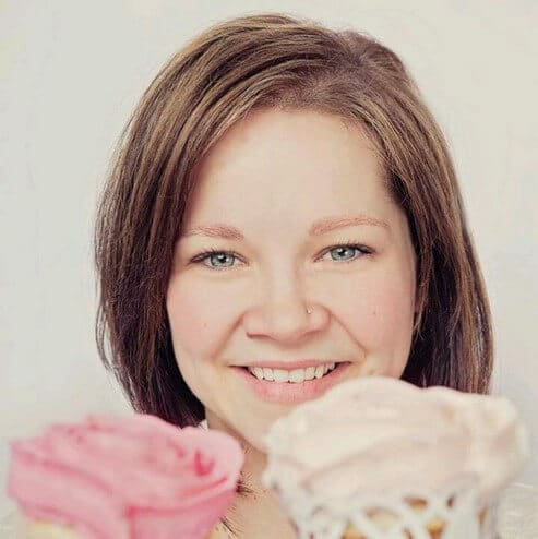get to know the cocoa cakerys christina mckenzie, 2