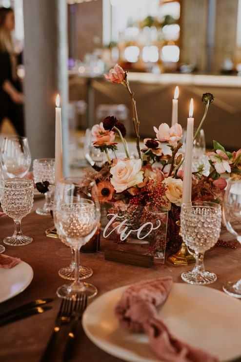 a pretty wedding open house at 2nd floor events, 21