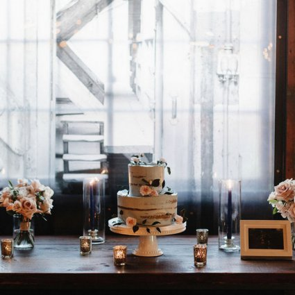 Finespun Cakes & Pastries featured in Cammie and Ryan's Romantic Summer Wedding at Archeo