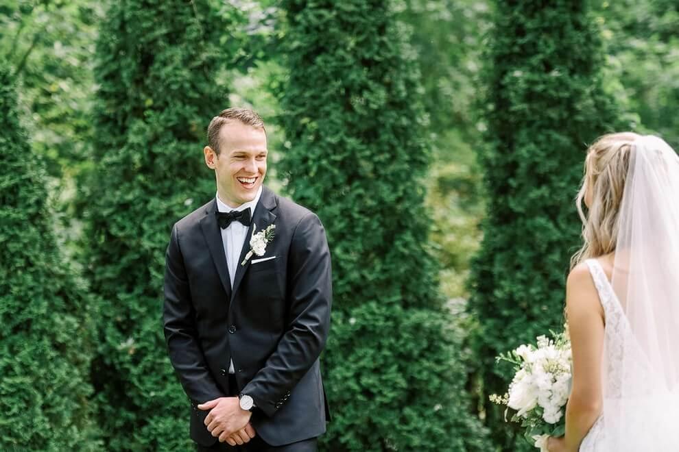 Wedding at Madsen's Banquet Hall, Newmarket, Ontario, Elizabeth In Love, 16
