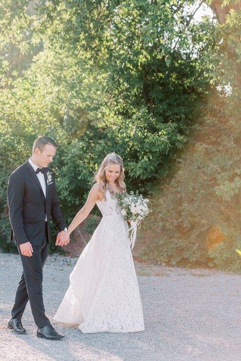 Wedding at Madsen's Banquet Hall, Newmarket, Ontario, Elizabeth In Love, 18