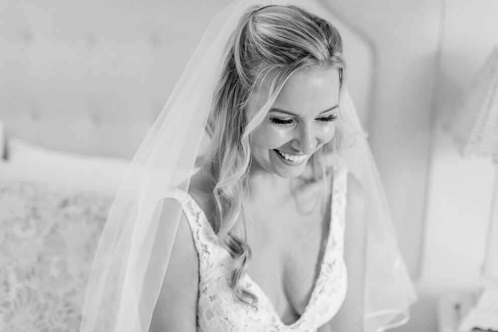 Wedding at Madsen's Banquet Hall, Newmarket, Ontario, Elizabeth In Love, 7