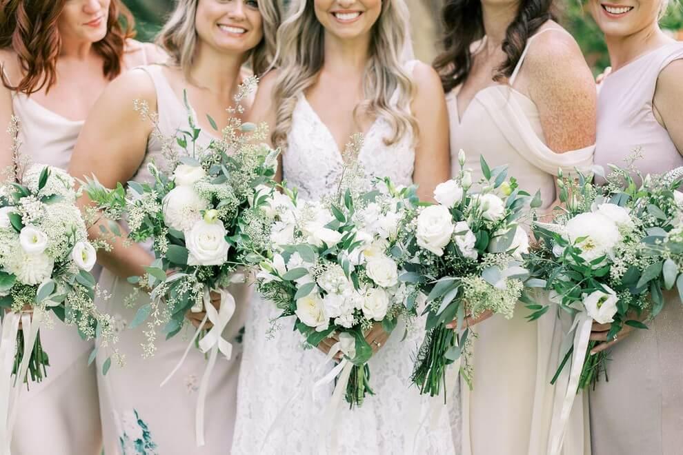 Wedding at Madsen's Banquet Hall, Newmarket, Ontario, Elizabeth In Love, 8
